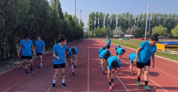 Kadın Hentbol Takımı sezon hazırlıklarına başladı