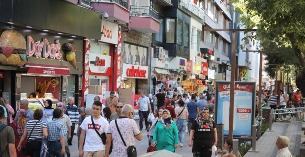 Eskişehir'de Arefe Günü alışveriş yoğunluğu