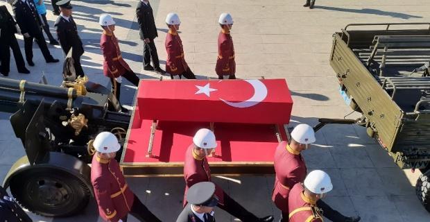 Şırnak'ta şehit olan uzman çavuş son yolculuğuna uğurlandı