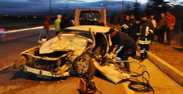 Afyon'da feci kaza: 1 ölü 2 yaralı var