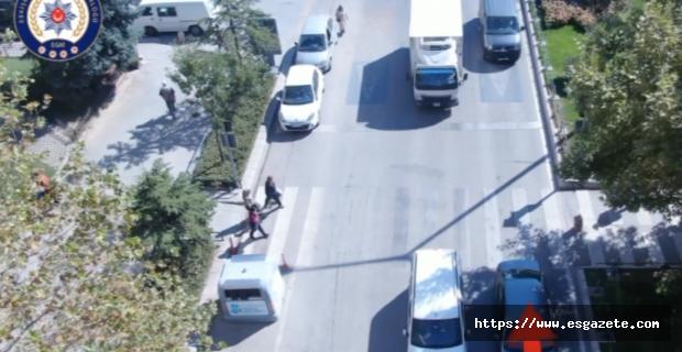 Yayaya yol vermeyen sürücülere droneli takip