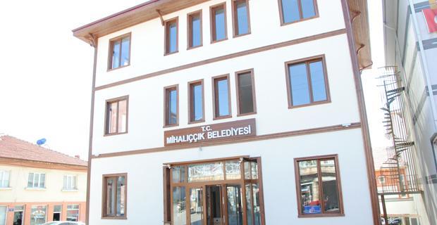 Mihalıççık belediyesi yeni hizmet binasında