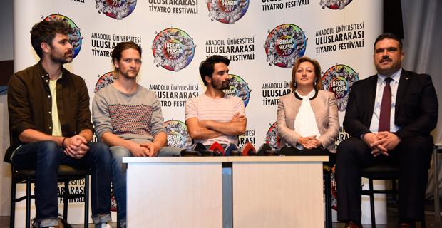 Tiyatro Festivali başladı