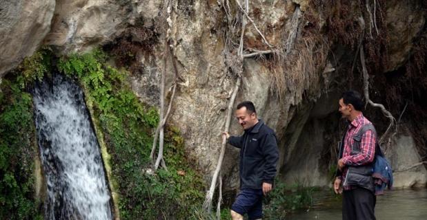 Bilecik'in doğa harikası şelaleler ziyaretçilerini bekliyor