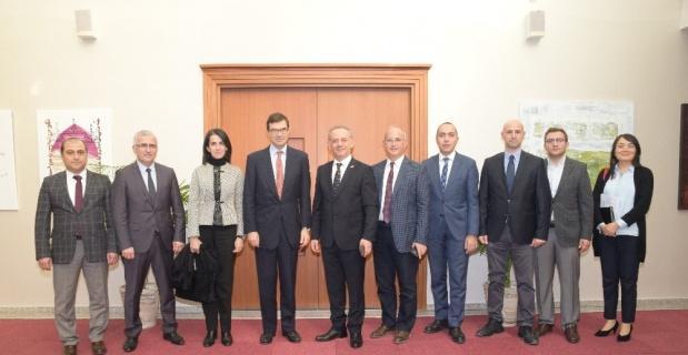 İspanya'nın Ankara Büyükelçisi Barba'dan ESOGÜ'ye ziyaret