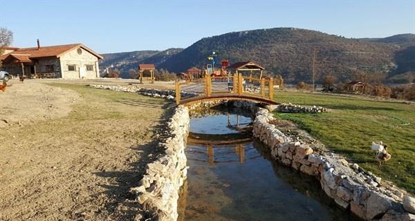 Kütahyalı vatandaşların yeni uğrak yeri Porsuk mesire alanı