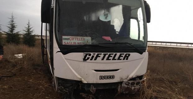 Öğrenci servisi kaza yaptı