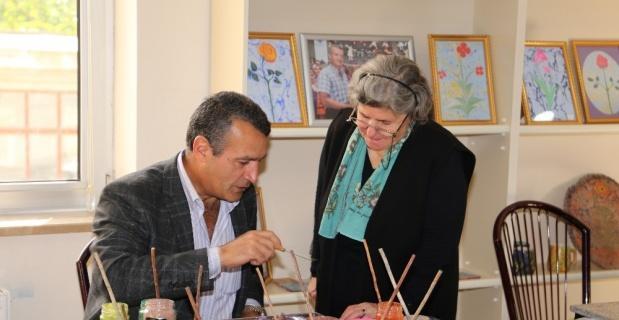 Sivrihisar'da bayanlara yönelik el sanatları atölyelerinde yeni dönem çalışmaları başladı