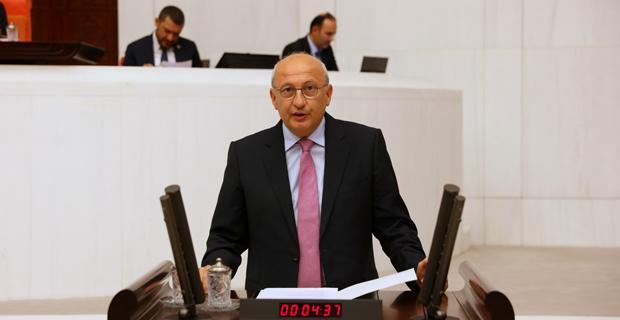 Vakıf Türkiye'de soruların yanıtı Almanya'da