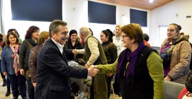 Başkan Ataç Hanımeli Sokak'ta dernekleri yetkilileri ile buluştu