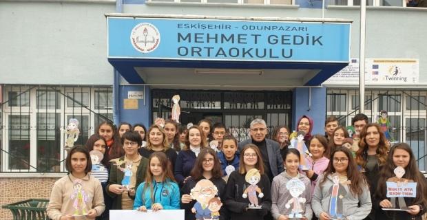 Eskişehir Mehmet Gedik Ortaokulu 'eTwinning' projelerini çok sevdi