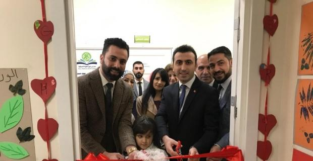 Göç İdaresi Müdürü Akyıldız uluslararası öğrencilerin bilim sergisini açtı