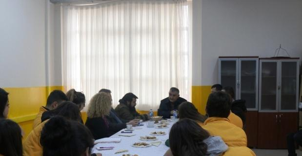 İHA'dan genç liseli gazetecilere ziyaret