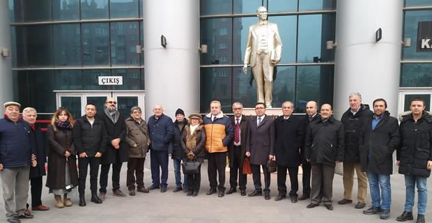Meslektaşlarından gazeteci Sağlam'a destek
