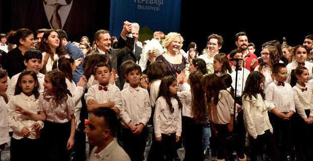 Muhteşem çocuklardan yeni yıl konseri