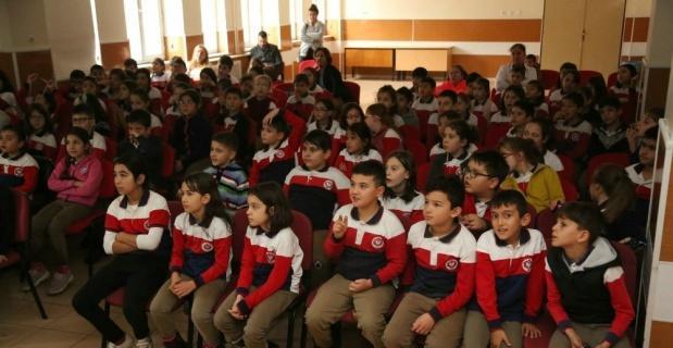 İbrahim Karaoğlanoğlu İlkokulunda sıfır atık eğitimi