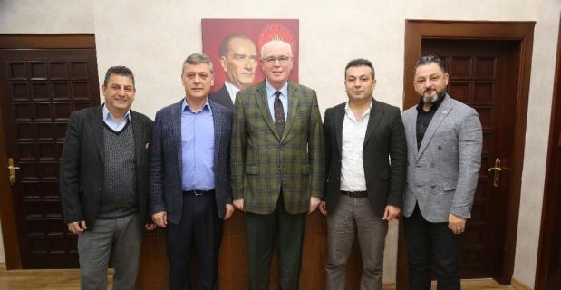 Tekgıda İş Sendikası yöneticileri Başkan Kazım Kurt'u ziyaret etti