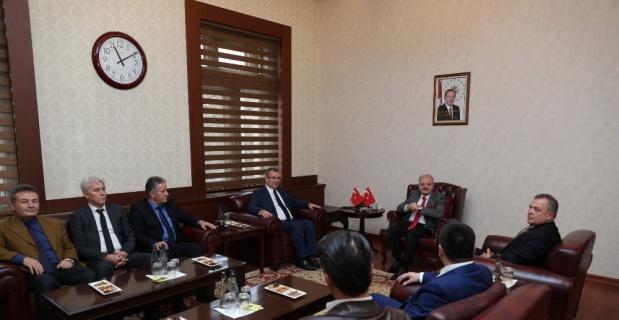 Vali Çakacak, HAKSEN Genel Başkanı Çivi'yi kabul etti