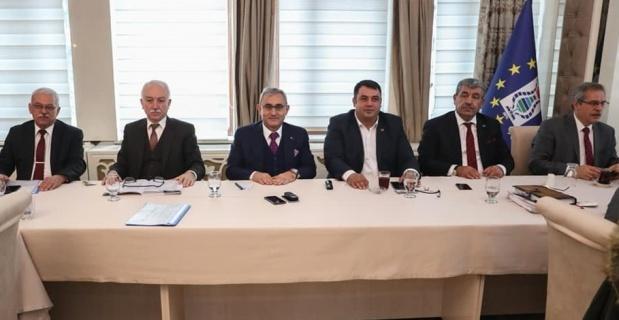 Başkan Işık, belediyenin son 3 aylık faaliyetini değerlendirdi