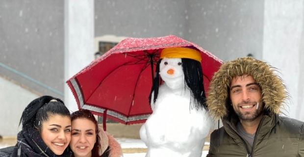 Bunlar da yöresel kardan adamlar