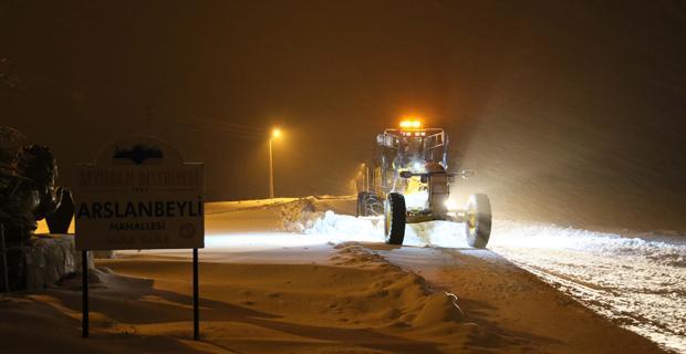 Büyükşehir'den  kar ve buzla mücadele