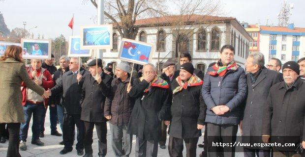 """Doğu Türkistan için """"Tek Yürek"""" mitingi"""