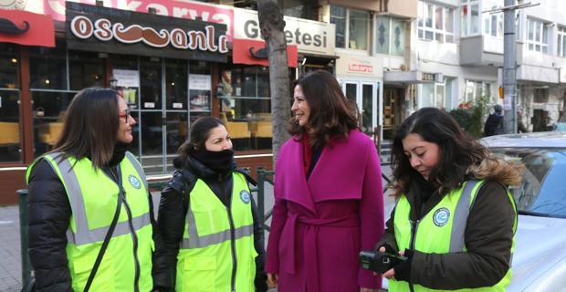 Kadın parkomatlar göreve başladı