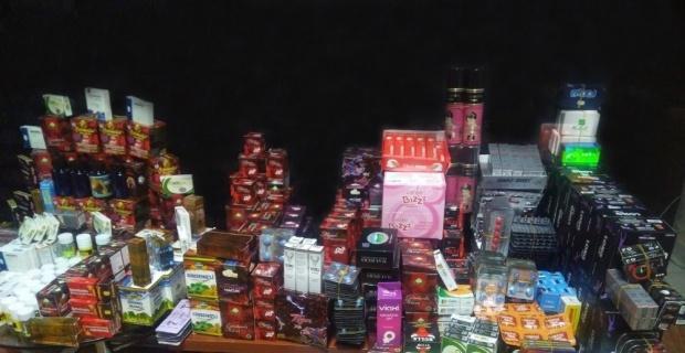 Kütahya'da gümrük kaçağı cinsel içerikli ürünler ele geçirildi