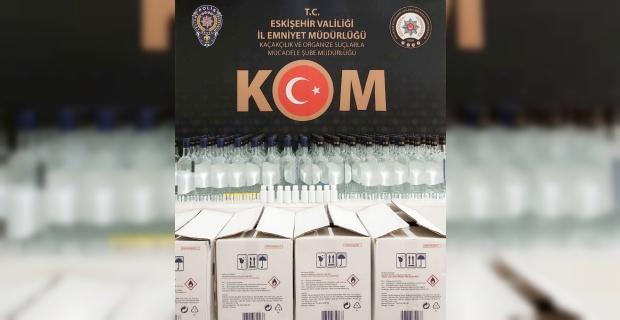 Polisin şüphelendiği araçtan 168 şişe kaçak alkol çıktı