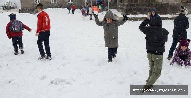 Resmi açıklama yapıldı: Salı günü okullarda tatil yok
