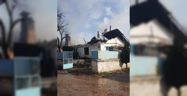 Şaphane'de yangın: 1 ölü