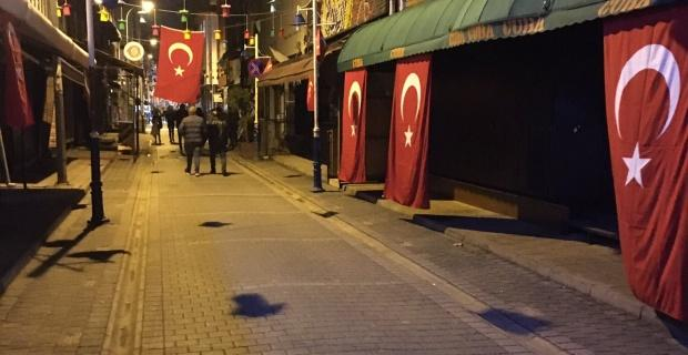 Barlar sokak şehitler için kapandı
