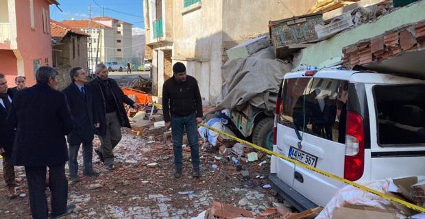 Başkan Ataç Deprem Bölgesinde