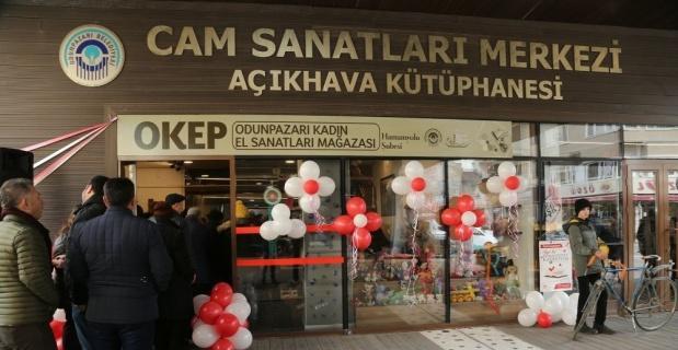 Hediyelik eşya mağazası açıldı