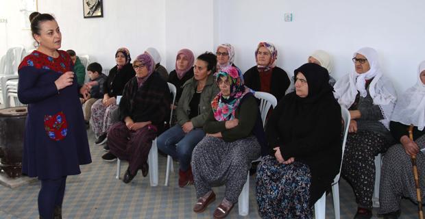 Kadın sağlığı eğitimleri sürüyor