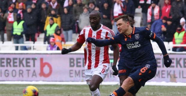 Süper Lig: DG Sivasspor: 1 - Medipol Başakşehir: 1 (Maç sonucu)
