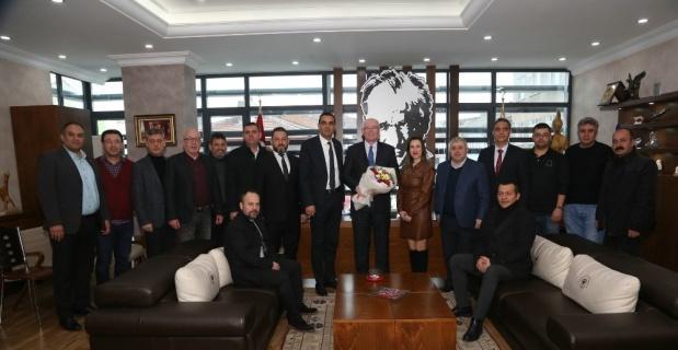 Türk İş yönetimi Başkan Kurt'u ziyaret etti
