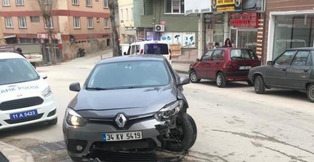 Bilecik'te trafik kazası, 5 yaralı