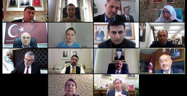 Günay başkanlar ile telekonferansta bir araya geldi