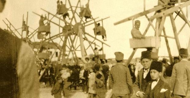 1920'li yıllar Eskişehir'de bir bayram yeri...