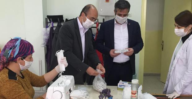 25 bin adet maske üretip dağıttılar