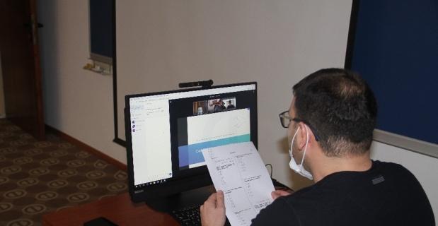 Online sınavda video konferans ile destek