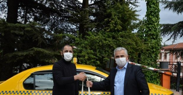 """Bilecik Belediyesinden dolmuş ve taksi şoförlerine """"moral destek paketi"""""""
