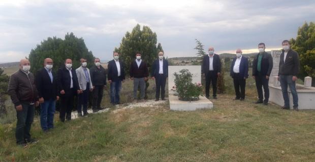 Gün Sazak mezarı başında anıldı