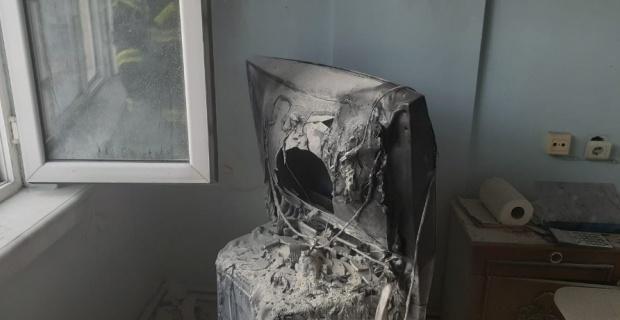 Yanan televizyonu ev sahibi son anda fark etti