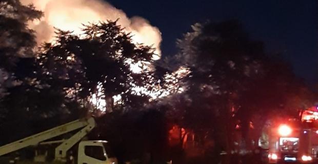 Eskişehir'deki büyük yangın böyle görüntülendi