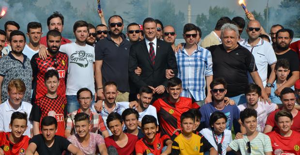 Eskişehirspor'da Alpay Özalan dönemi