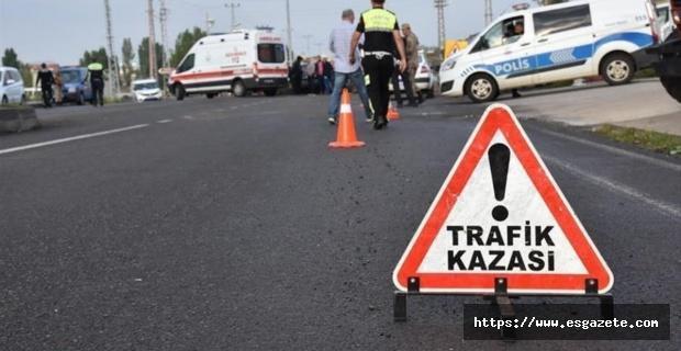 İki otomobilin çarpıştığı kazada 2 kişi öldü