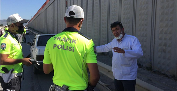Kazaya karışan alkollü sürücü polisi çileden çıkardı