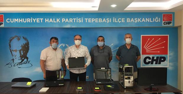 CHP Tepebaşı'ndan eğitime destek